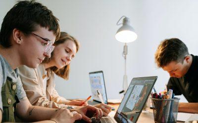 """Das """"Your Startup Base"""" Stipendium – Drei Monate kostenlos für Dich und Dein Team in unserem Berliner Coworking Space"""